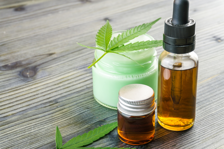 cbd-oil-and-gel-relax-cosmetic-cannabis-balm-moisturise-extract-natural-alternative-cream-health_t20_rRrWNg
